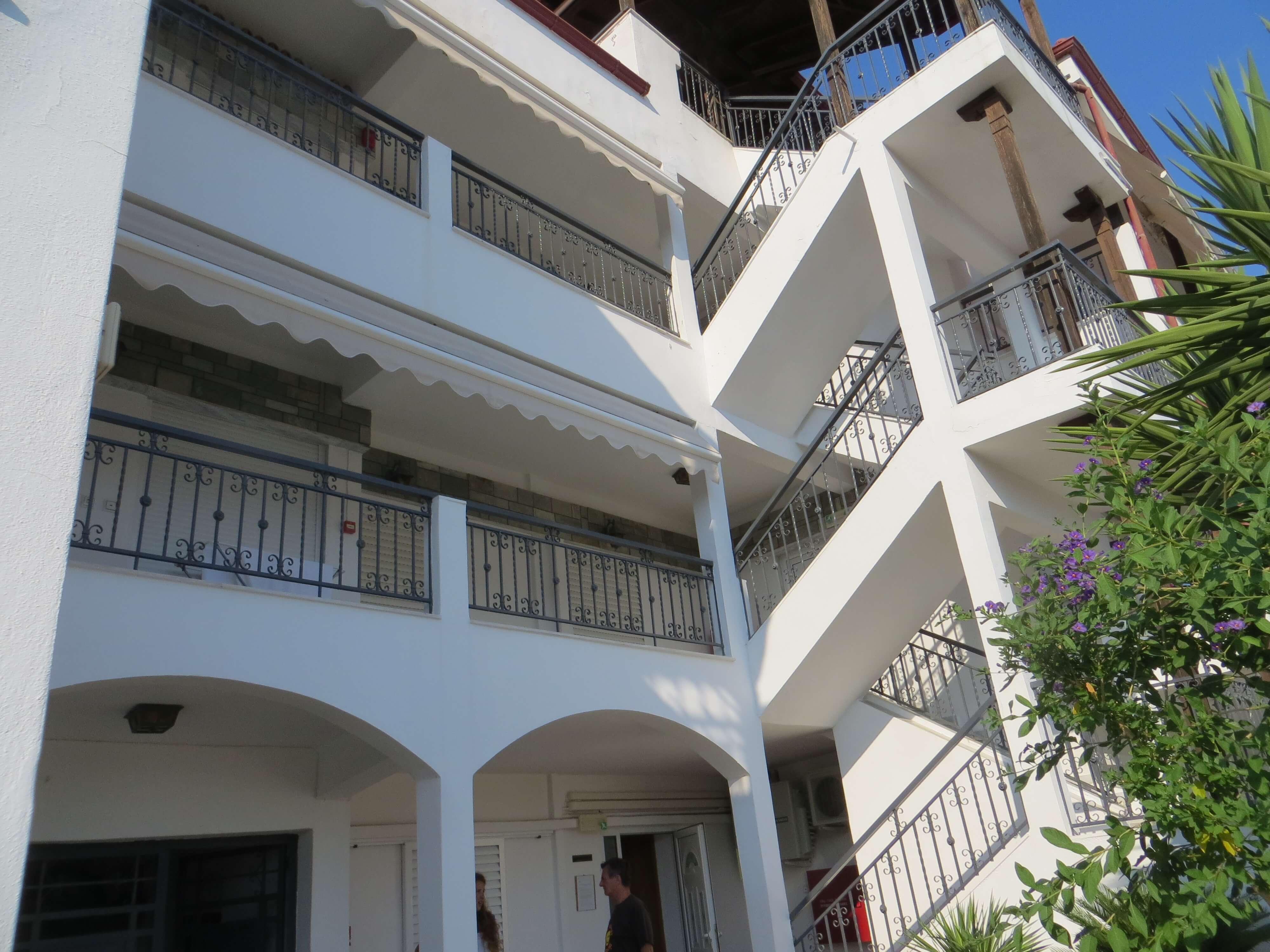http://www.andromeda-sarti.com/wp-content/uploads/2016/02/Apartmany_dovolenka_grecko_sarti_6.jpg