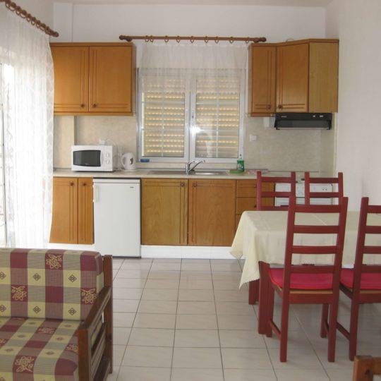 http://www.andromeda-sarti.com/wp-content/uploads/2016/02/Apartmany_dovolenka_grecko_sarti_8-540x540.jpg